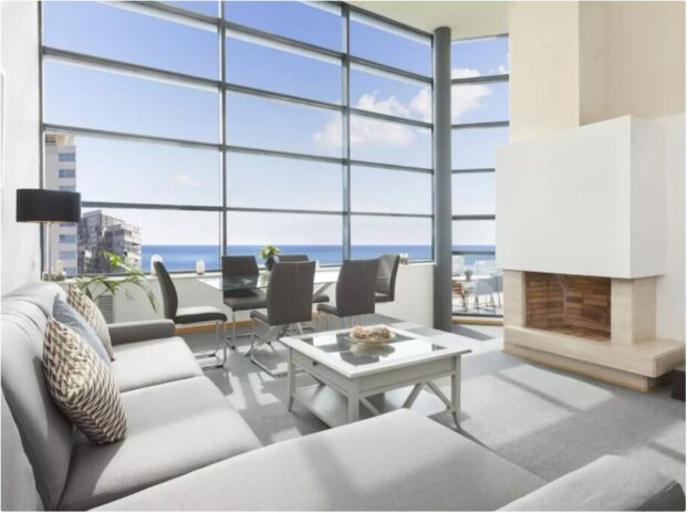 Exclusive penthouse with sea views