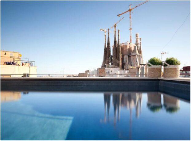 Modern apartment near Sagrada Familia